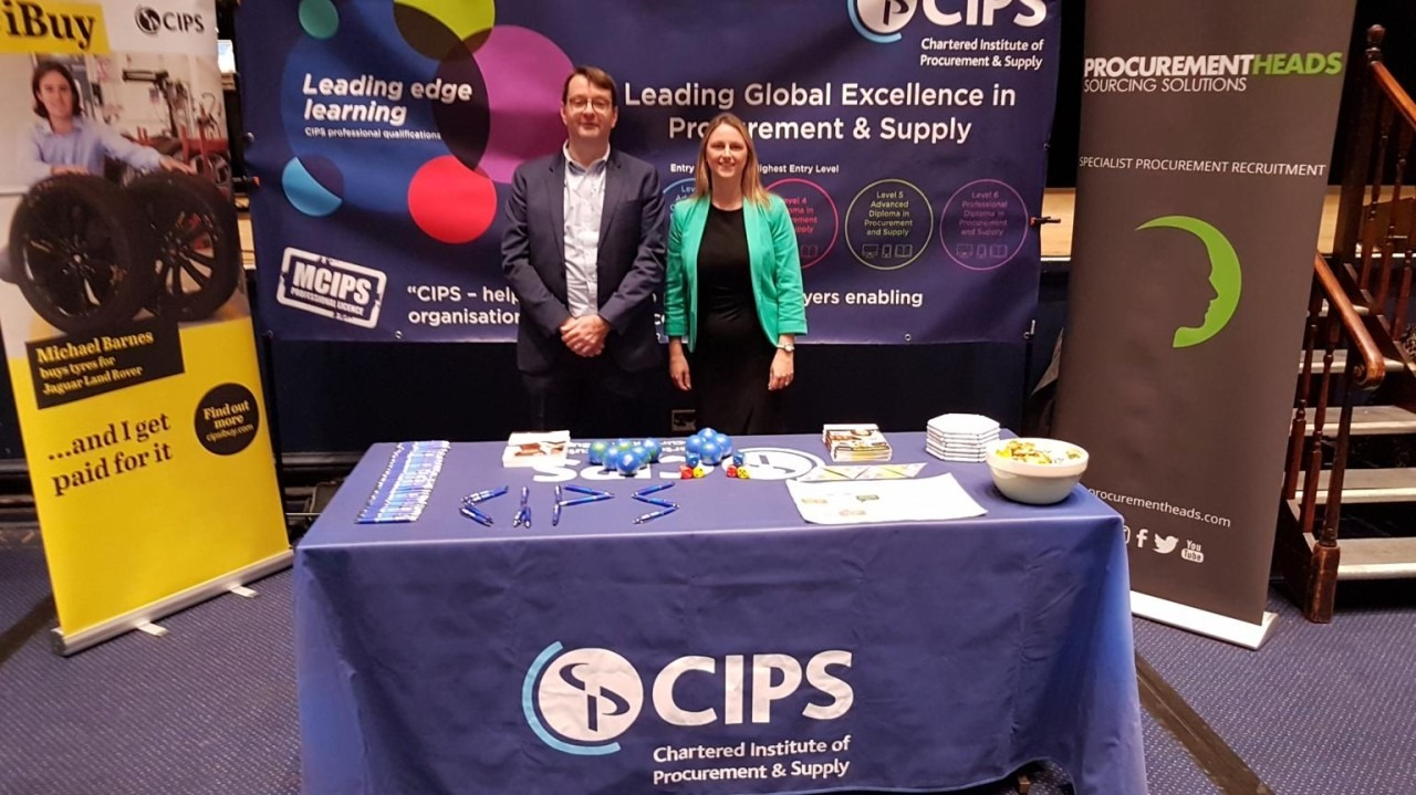 Hayley Packham volunteering at the CIPS event